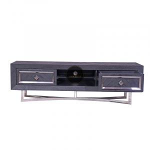 Tv meubel Chess is gemaakt van mangohout in de kleur zwart met een fijn visgraat motief. Deze combinatie met RVS zorgt voor het stoere uiterlijk van deze tafel. Mangohout is een duurzame houtsoort, heeft een fijne nerf en is uniek, omdat elk stuk er net iets anders uitziet. Maak de look compleet met de eettafel , dressoir of een elegante salontafel. Verkrijgbaar in goud en zilver Afmeting 180x40x55cm hoog